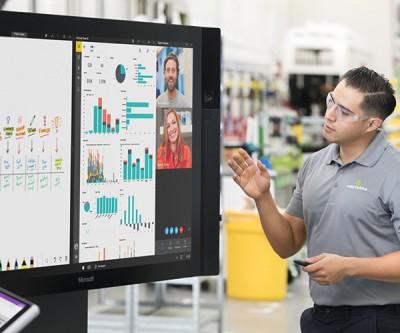 Microsoft Surface Hub, những câu chuyện chưa kể