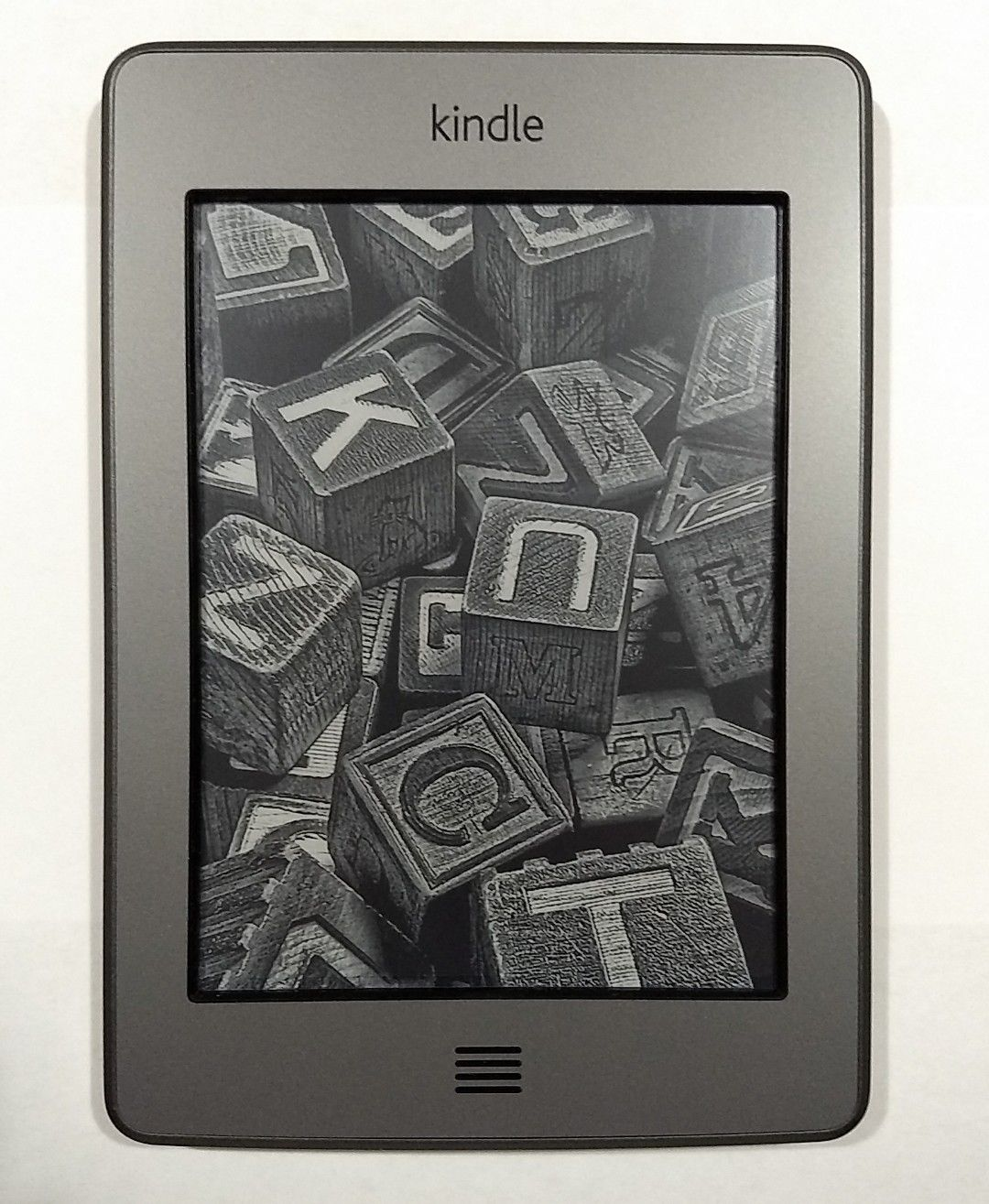 Kindle 4 ( touch basic )